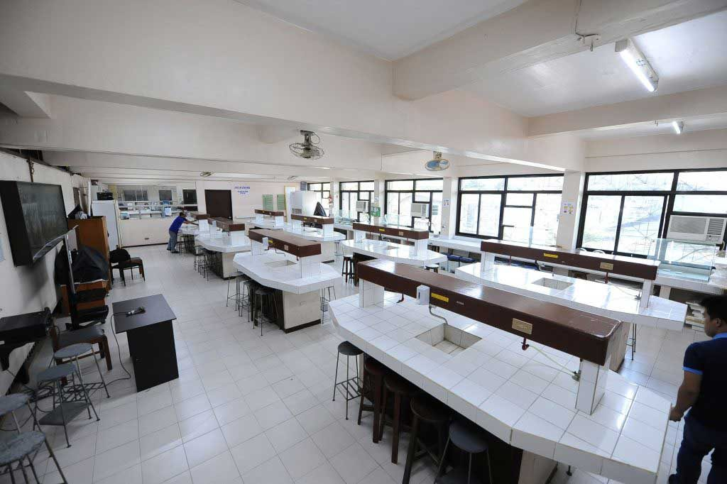 Laboratory in Davao Medical School Foundation