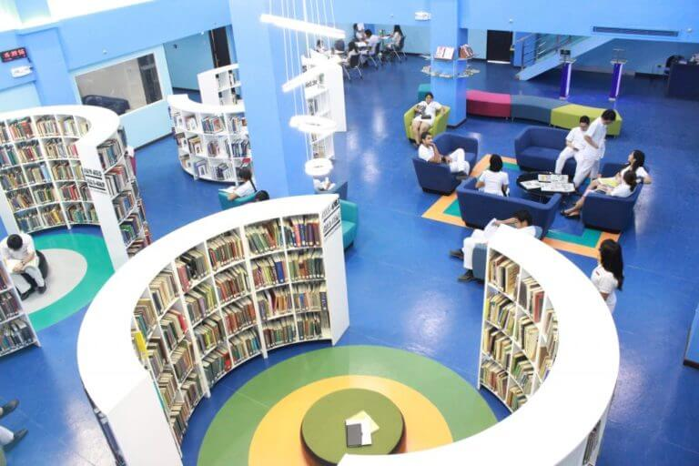 Davao Medical School foundation library with good number of books for international students